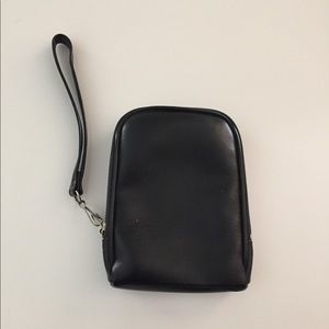 Wristlet with Hip Clip